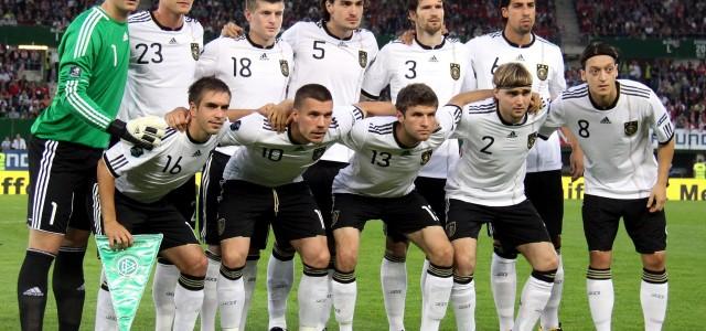 Исход матчей в группе D: Гибралтар разгромлен, Германия едет на Евро