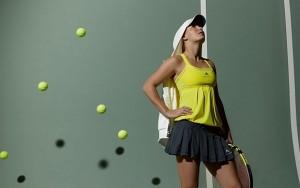 1370073136_caroline-wozniacki-tennis-wallpaper