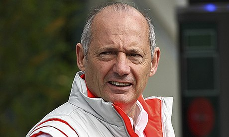 Рон Деннис оправдывает команду Формулы-1