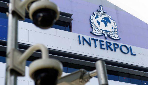 Интерпол начал следить за нелегальными азартными играми