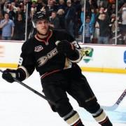 НХЛ: Анахайм и Айлендерс демонстрируют высокий класс, Ванкувер и Сент-Луис преследуют неудачи